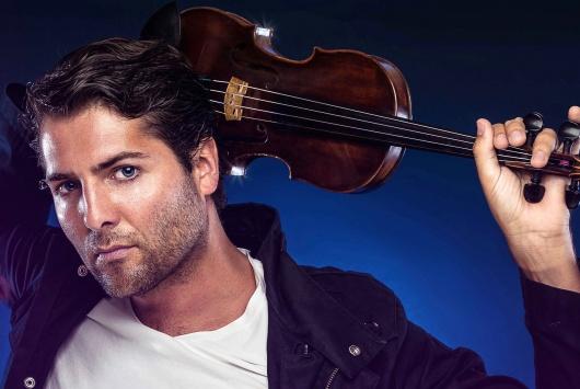 Geigenspieler zu Elektro und House Music